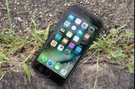 Apple I Phone 7 are available on Best price,COD Service is available.