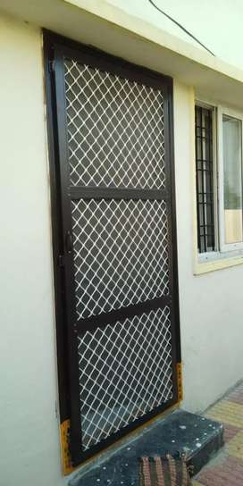 Mesh Doors, Cupboards, Aluminium partitions,mosquito net, windows,