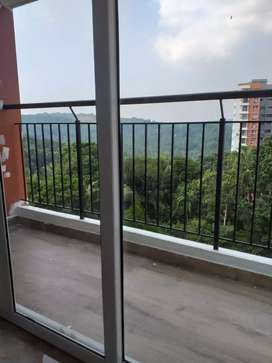 2 bhk branded fully furnishd flat near eranhipalam