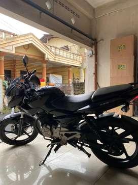 Sepeda Motor (Moge)  Bajaj Pulsar 135 cc (1 tangan dari baru)