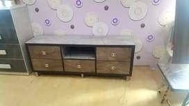 sell sell sell brand new t.v unit at factory price