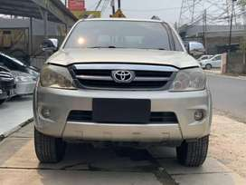 Fortuner G lux 2005 , AT