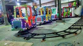 kereta lantai jeep fiber wahana mainan labirin run DSY