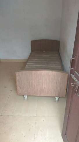 Room available for rent at nehru nagar