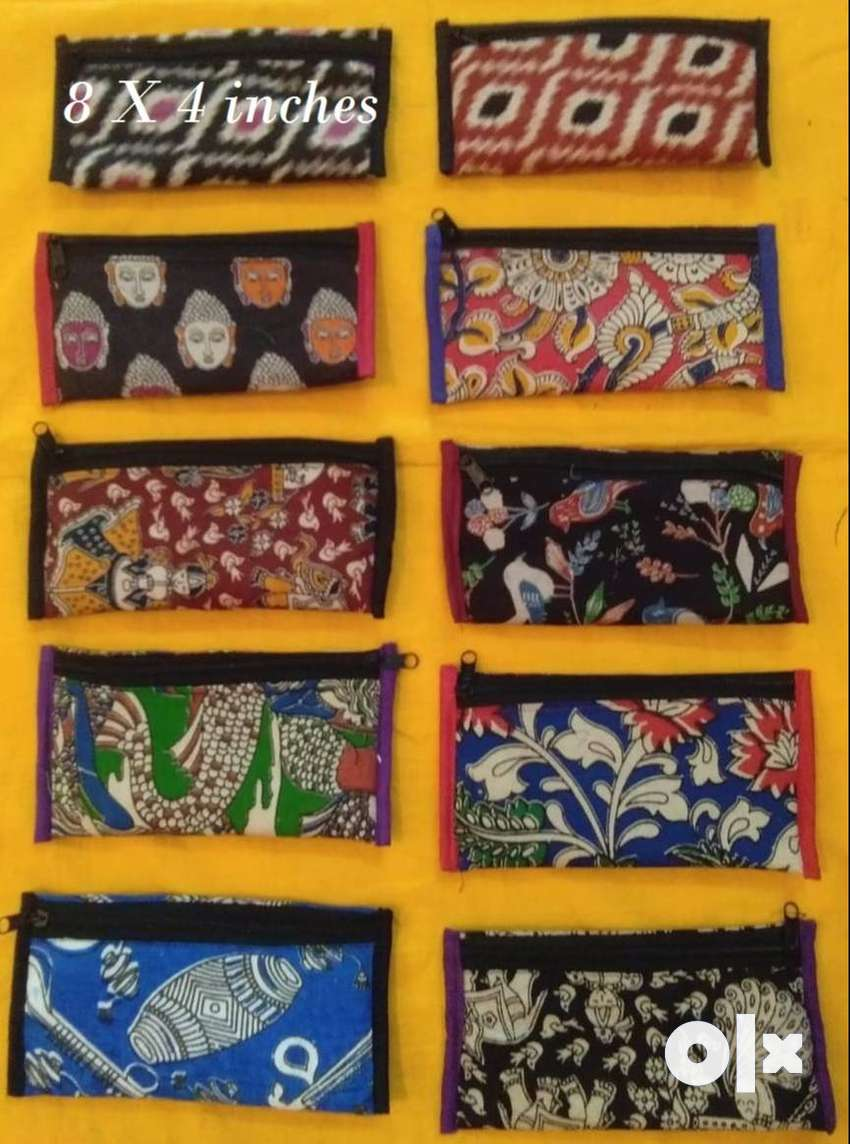 Hand Bags and Hand purses 0