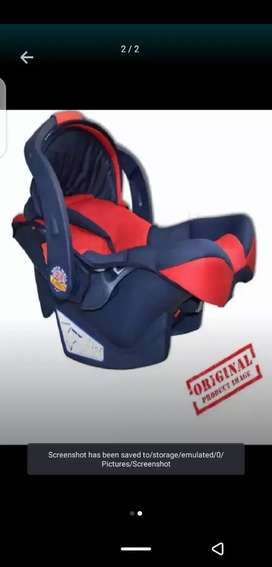 Baby bouncer/pram brand new box pack 2000