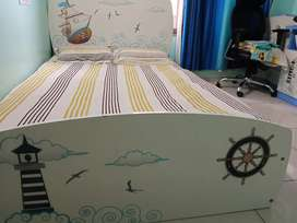 Kids study table and kids bed