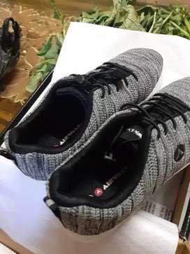 Jual sepatu air walk baru belum dipke ukiran 36