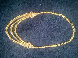 Gold plated stoned layer chain
