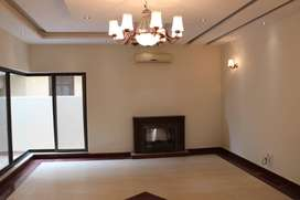 01 KANAL HOUSE FOR RENT IN PHASE 05 DHA LAHORE