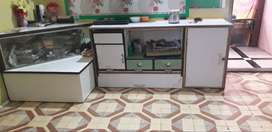 T.V UNIT IN OSM CONDITION.