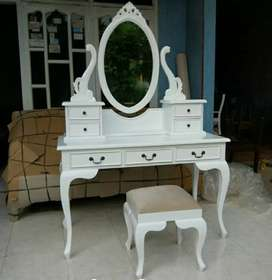 Meja rias kartini cat Duco putih