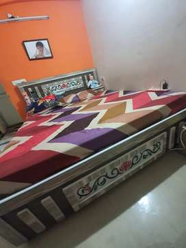 king size bed 6x6.5