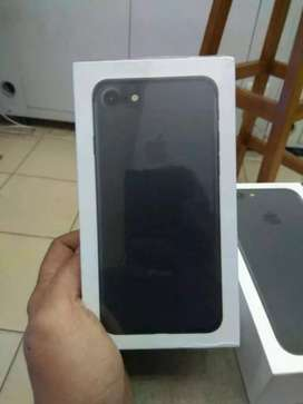 Iphone 7 32gb new 1 tahun  .