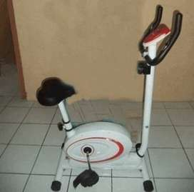 Alat gym fitness sepeda statis magnetik divo hand pulse
