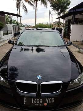 DIJUAL SANTAI BMW320i E90