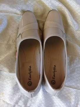 sepatu fantovel hak