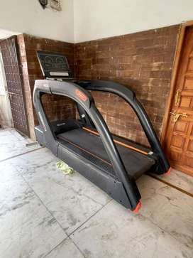 Profit pn-6000 1months old nonused comercial treadmill