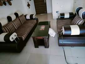 7 seater sofa set 8 years old in good Condition