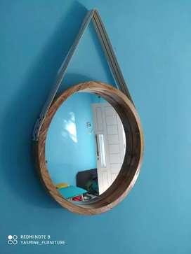 Hiasan dinding cermin
