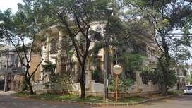 Rumah mewah Kelapa Gading Kirana 556m 2,5 lantai, luas