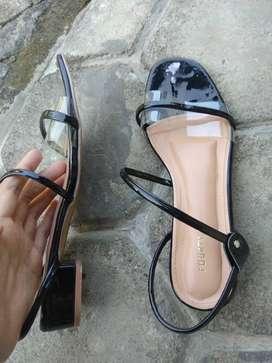 Dijual sandal wanita