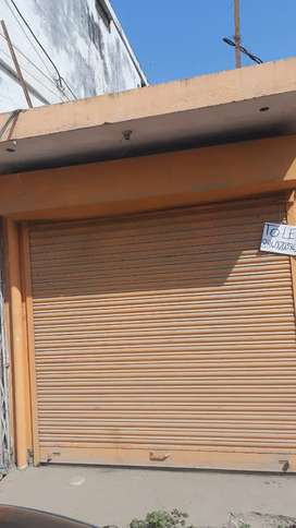 Shop available for rent on prime location