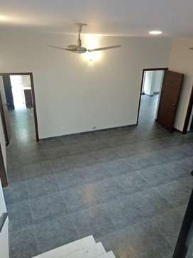 F10 Beautiful 1 Kanal 5 Bed Rooms Newly Renovated House Available For