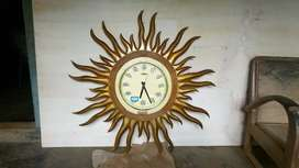 Jam Dinding Ukir Matahari Jati Finishing Emas Furniture Mebel EJF