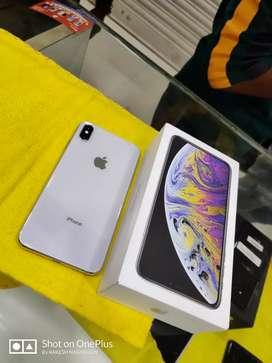 IPHONE XS MAX 256GB SILVER COLOUR