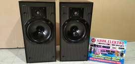 KEF C30 Series Speaker bookshelf made england