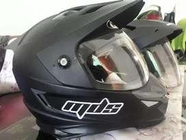 Dijual helm MDS SuperMoto