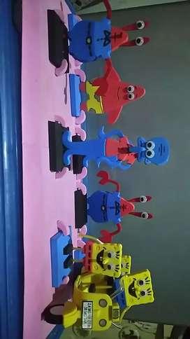 Mainan anak karakter SpongeBob Dan kawan2,satu set 4buah ,spongebob,