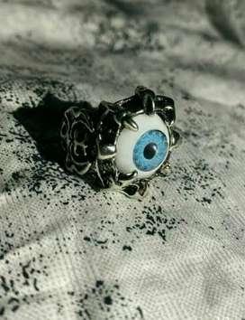 Eye ring fresh