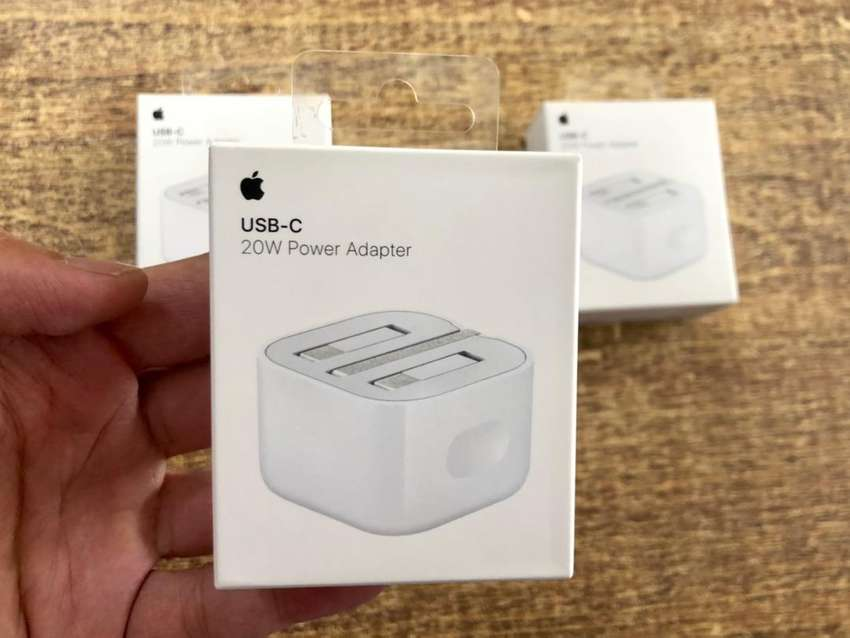 Apple 20W USB-C Power Adapter - Original
