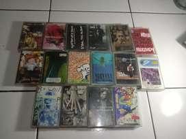 Kaset pita tape campuran indonesia dan mancanegara