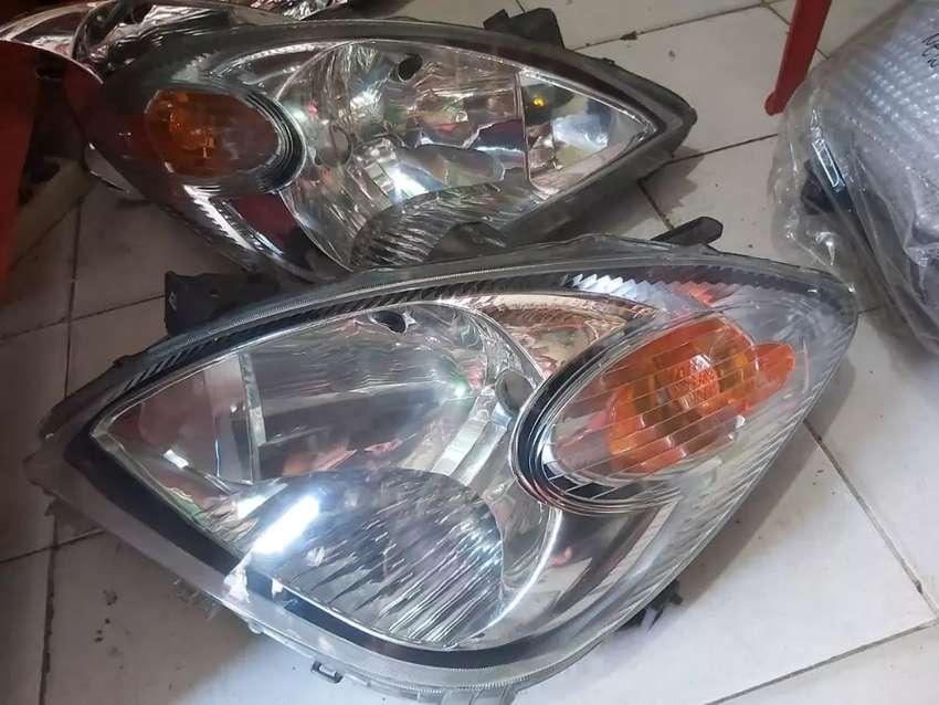 Headlamp Lampu depan Avanza VVTI 0