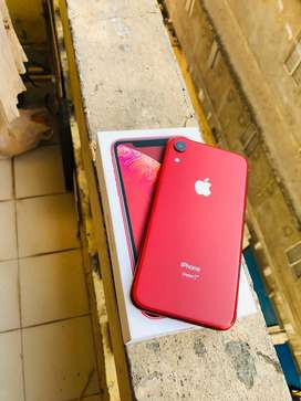 Apple i phone xr 128gb at new condiction