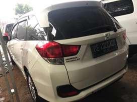 Honda mobilio E matic putih