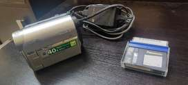 Sony Handycam (DCR-HC52E)