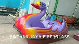 sepeda air bebek jumbo,wahana air bebek fiber,perahu air bebek gowes