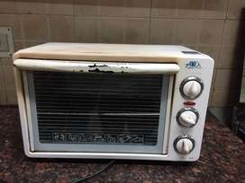 Electric oven, 100% working. Best oven for baking.