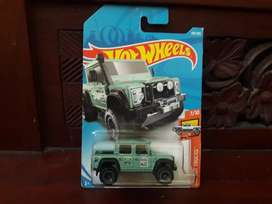 Hotwheels hot wheels 75 land rover defender double cab