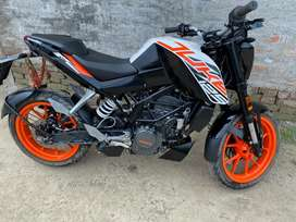 KTM duke125 with full condition