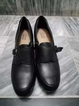 CLARKS PURE LEATHER SHOES