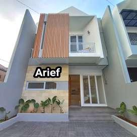 Rumah mewah 2 lantai baru siap huni akses 2 mobil di jagakarsa jaksel