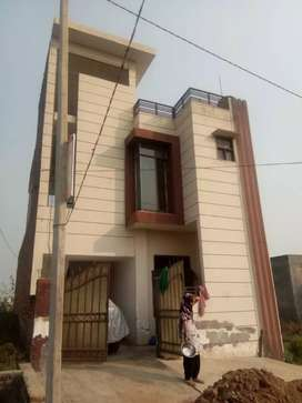 122 gaj house tripple story semi furnished approved all facilities