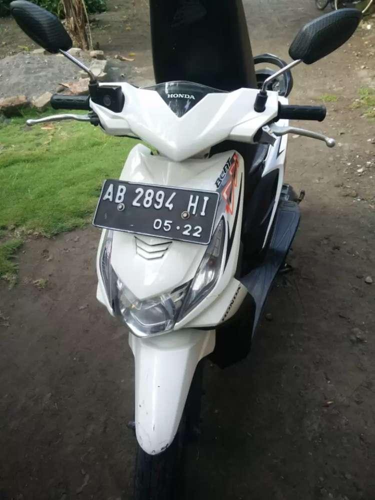 Honda beat 2012 karbu putih
