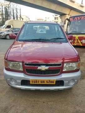 Chevrolet Tavera Neo 3 LS- 10 STR BS-IV, 2015, Diesel