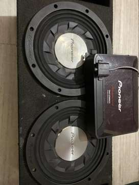 pioneer ts sw1241D woofer and pioneer 9601 mono in superb condition
